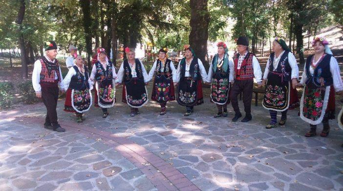 tanci folklor selo narodna muzika